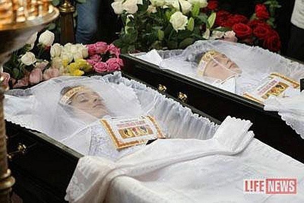 можно ли хранить дома фото с похорон